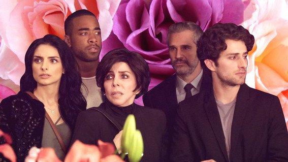 Review: La Casa de Las Flores